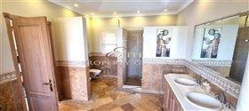 Image No.16-Villa de 4 chambres à vendre à Quinta do Mar