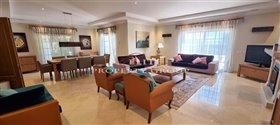 Image No.3-Villa de 4 chambres à vendre à Quinta do Mar