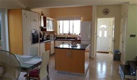 Image No.1-Villa de 3 chambres à vendre à Stroumpi
