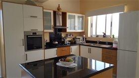 Image No.8-Villa de 3 chambres à vendre à Stroumpi