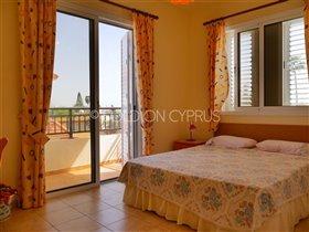 Image No.10-Villa de 2 chambres à vendre à Avgorou
