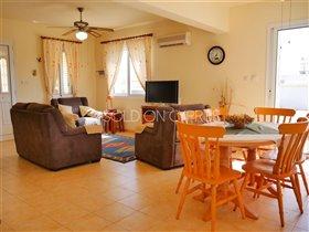 Image No.6-Villa de 2 chambres à vendre à Avgorou