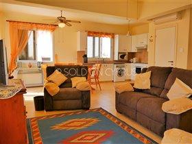 Image No.8-Villa de 2 chambres à vendre à Avgorou
