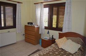 Image No.6-Bungalow de 3 chambres à vendre à Pervolia