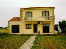 Image No.12-Villa de 4 chambres à vendre à Frenaros