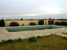 Image No.1-Villa de 4 chambres à vendre à Frenaros