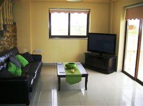 Image No.2-Villa de 4 chambres à vendre à Frenaros