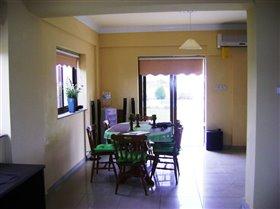 Image No.4-Villa de 4 chambres à vendre à Frenaros