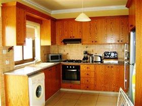 Image No.5-Villa de 4 chambres à vendre à Frenaros