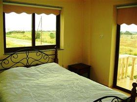 Image No.7-Villa de 4 chambres à vendre à Frenaros