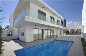 Image No.1-Villa de 4 chambres à vendre à Leivadia