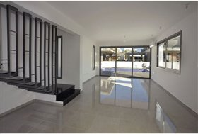 Image No.2-Villa de 4 chambres à vendre à Leivadia
