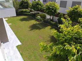 Image No.3-Villa de 4 chambres à vendre à Ayios Tychonas