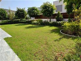 Image No.4-Villa de 4 chambres à vendre à Ayios Tychonas