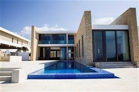 Image No.0-Villa de 3 chambres à vendre à Peyia