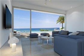 Image No.2-Villa de 5 chambres à vendre à Ayia Triada