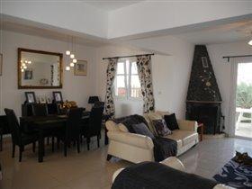 Image No.4-Villa de 3 chambres à vendre à Paralimni