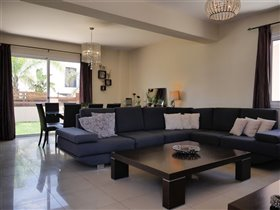 Image No.3-Villa de 3 chambres à vendre à Pylas