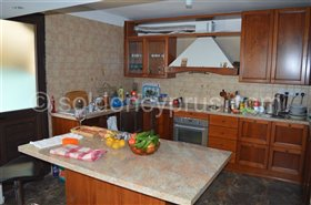 Image No.20-7 Bed Villa for sale