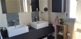 Image No.12-Villa de 3 chambres à vendre à Emba