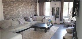 Image No.2-Villa de 3 chambres à vendre à Emba