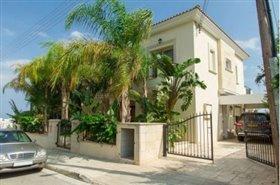 Image No.1-Villa de 5 chambres à vendre à Ayios Tychonas