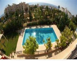 Image No.2-Villa de 5 chambres à vendre à Ayios Tychonas