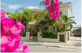 Image No.7-Villa de 5 chambres à vendre à Ayios Tychonas