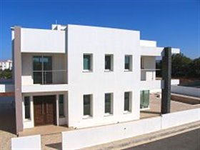 Image No.23-Villa de 4 chambres à vendre à Protaras
