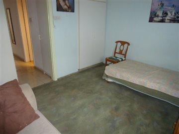 bedroom-2-storage
