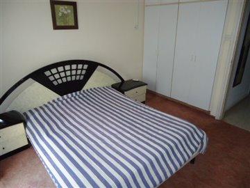 bedroom-1-storage