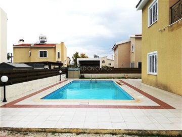02-private-pool