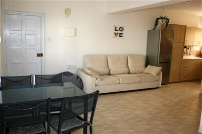 lounge-kitchen-dinning-1