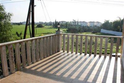 bedroom-1-balcony