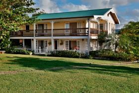 Image No.0-Maison / Villa de 5 chambres à vendre à Bonne Terre