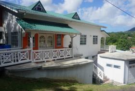 Image No.1-Maison de 14 chambres à vendre à Gros Islet