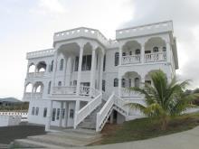 Vieux Fort, Villa