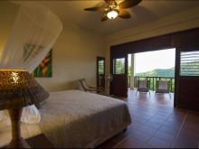 Image No.10-Villa de 8 chambres à vendre à Marigot Bay