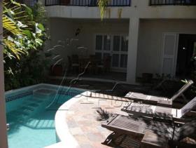 Image No.0-Maison / Villa de 3 chambres à vendre à Gros Islet