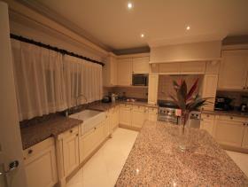Image No.9-Maison / Villa de 5 chambres à vendre à Gros Islet
