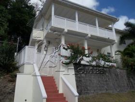 Image No.0-Maison / Villa de 6 chambres à vendre à Castries