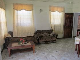 Image No.6-Maison / Villa de 5 chambres à vendre à Castries