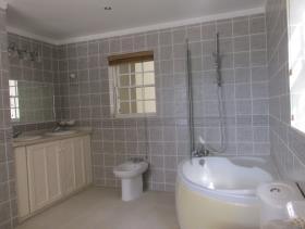 Image No.9-Maison / Villa de 6 chambres à vendre à Castries