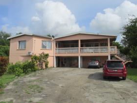 Image No.0-Maison / Villa de 6 chambres à vendre à Marisule