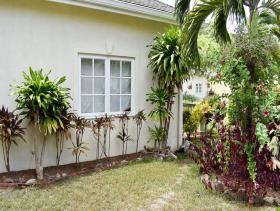Image No.2-Maison / Villa de 4 chambres à vendre à Cap Estate