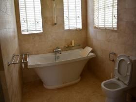 Image No.13-Maison / Villa de 4 chambres à vendre à Cap Estate