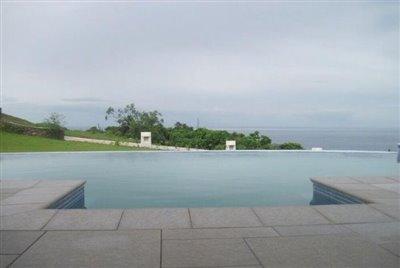 pool-850x570