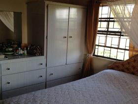 Image No.6-Chalet de 5 chambres à vendre à Gros Islet