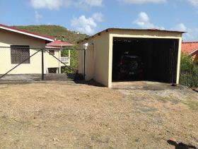 Image No.12-Chalet de 5 chambres à vendre à Gros Islet