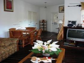 Image No.1-Maison de 4 chambres à vendre à Trouya Beach